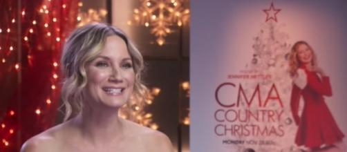 Jennifer Nettles hosts 'CMA Country Christmas' 2016 special on ABC. [Screenshot via ABC Networks]