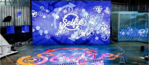Selfie anticipazioni oggi 28 novembre