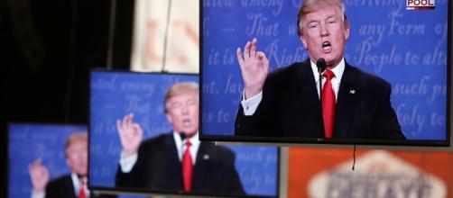 Trump ha vinto perchè fa le scale con te mentre Hillary blocca l ... - sputniknews.com