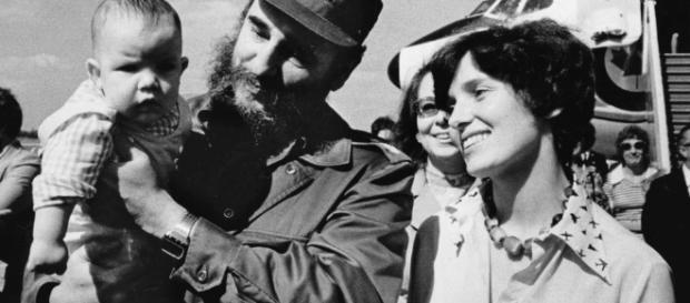 Margaret Trudeau con Fidel Castro e il fratello di Justin Trudeau, Michael.