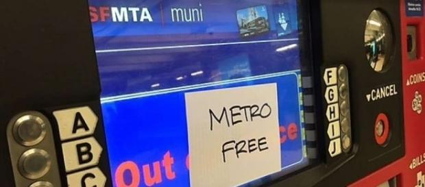 "San Francisco Ticket Machine saying ""Metro Free"" / Photo via Kimberly Veklerov, SF Gate"