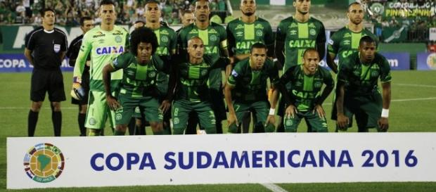 Chapecoense disputaria a primeira final internacional de sua história