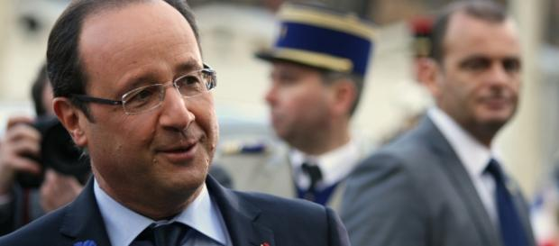 Francois Hollande --- Valls CC BY