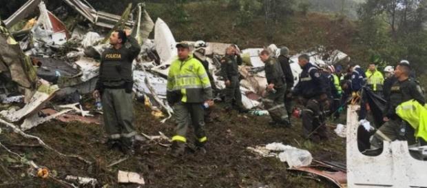 Imagem do avião da delegação da Chapecoense que caiu