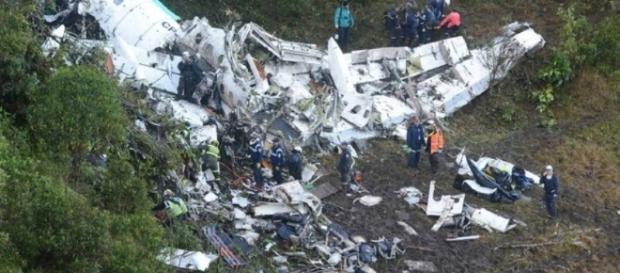 Plane crash in Colombia killed almost an entire soccer team / Photo via g1.globo.com