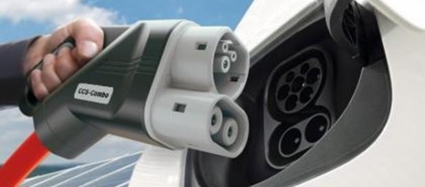 Rede de recarga das baterias deverá permitir longas viagens com carros elétricos