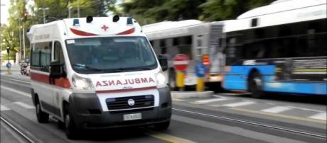 L'ambulanza sarebbe giunta troppo tardi.
