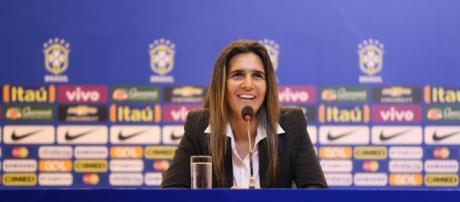 Nova técnica da Seleção Brasileira de Futebol Feminino deu entrevista coletiva no RJ