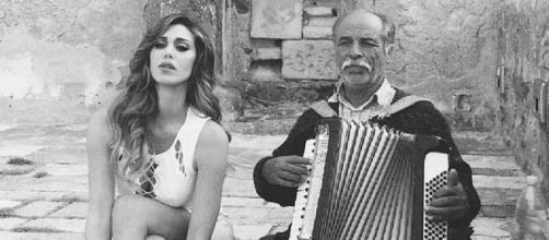 Belen a Cefalù per la campagna Guess by Marciano (dal suo profilo facebook)