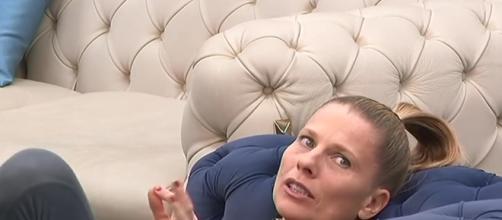 Laura Freddi ha messo Valeria Marini al primo posto tra i più fastidiosi della casa.