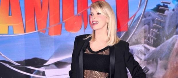 """Alessia Marcuzzi: """"Sarò io a condurre l'Isola dei Famosi 2017"""" - today.it"""