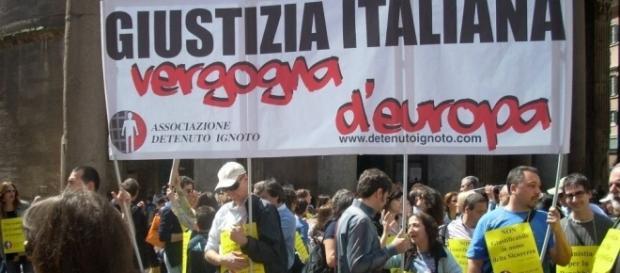 Amnistia e indulto, domenica 6 novembre nuova manifestazione a Roma - foto radicali.it