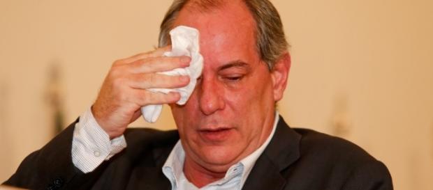 Ciro Gomes é um dos ex-deputados investigados