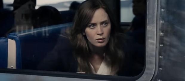 """""""La ragazza del treno"""" trionfa al botteghino nel fine settimana"""