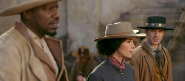 Rufus, Lucy, and Wyatt in 'Timeless'/Photo via screencap, 'Timeless'