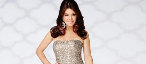 Lisa Vanderpump Signs on for 'RHOBH' Season 7 - Us Weekly - usmagazine.com
