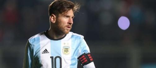 Messi passou mal durante a viagem