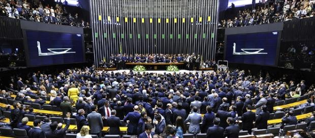 Na madrugada de quarta, deputados aprovam pacote de medidas anticorrupção (Foto: Jornal Paulistano)