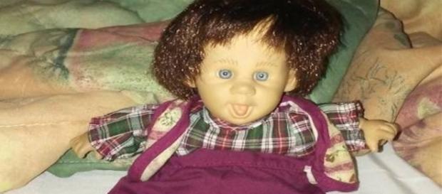Proprietário diz que espírito de criança 'mora' na boneca (Orlando Weekly)
