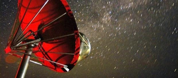 Señales provinientes del espacio exterior están siendo analizadas para verificar si se trata de algún mensaje alienígena