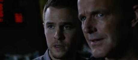 Fitz (Iain De Caestecker) and Coulson (Clark Gregg) in 'Agents of SHIELD'/Photo via screencap, 'Agents of SHIELD'