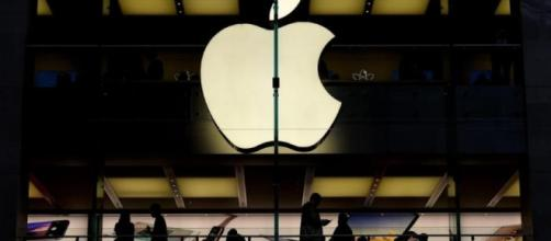 Apple apre a Roma un nuovo punto vendita e assume 200 persone.