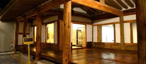 Esempio di Casa Giapponese di Legno