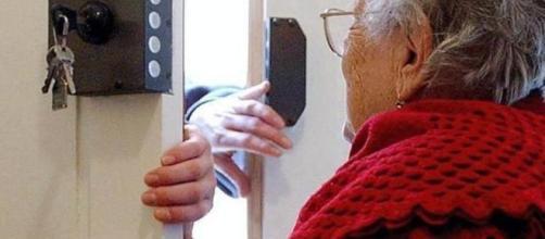 Truffata di 50mila euro pensionata muore per il dolore in ospedale - leggo.it