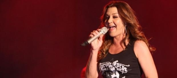 Gretchen Wilson releases new single! Photo: Commons.Wikimedia https://commons.wikimedia.org/wiki/File%3AGretchen_Wilson%2C_2009.JPG