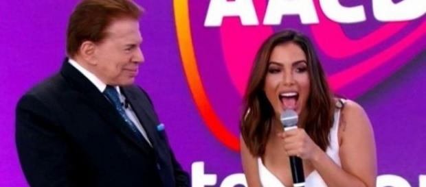Silvio Santos deixou Anitta desconcertada no palco do Teleton
