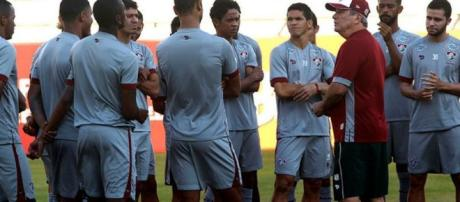 Com Levir correndo o risco, Fluminense encara o Cruzeiro no domingo (Foto: Band)