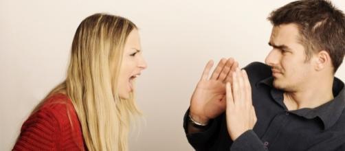 Coisas que as mulheres fazem que mais irrita um homem.