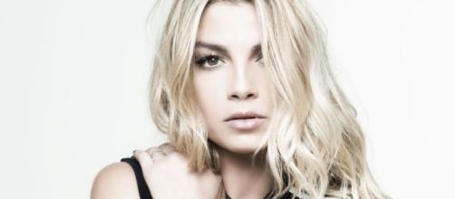 """Emma: disco di Platino per """"Adesso"""" , ma anche tanto altro"""