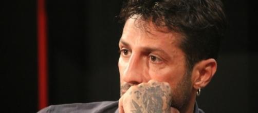 Fabrizio Corona, la Guardia di Finanza sequestra la casa milanese