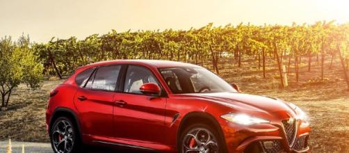 Motori: dieci giorni alla presentazione di Stelvio, il primo SUV dell'Alfa Romeo.
