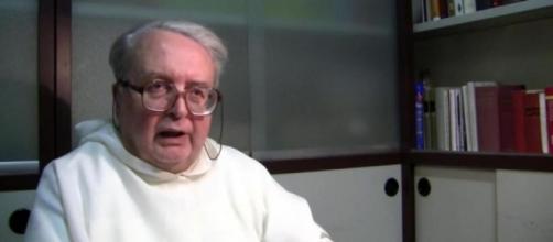 Padre Giovanni espulso da Radio Maria