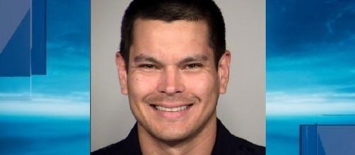 SAPD officer fired, accused of giving fecal sandwich to homeless. Photo: Blasting News Library- foxsanantonio.com