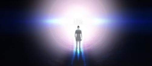 Segundo cientistas, a consciência pode continuar existindo mesmo sem um corpo físico