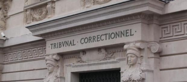 Paris : un négationniste condamné à cinq mois de prison ferme - le ... - leparisien.fr