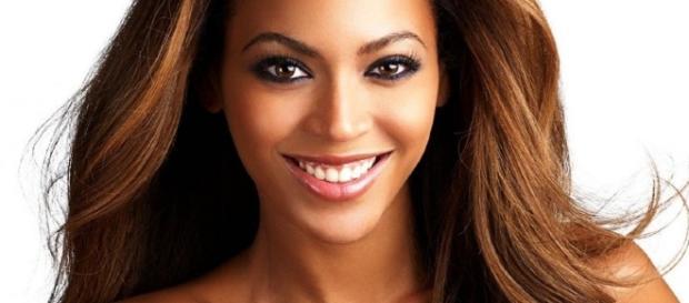 Un ritratto di Beyoncé. La cantante ha espressamente invitato al voto pro-Clinton per incoraggiare il cambiamento.