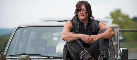Fan Theory Suggests 'Breaking Bad' And 'Walking Dead' Are ... - huffingtonpost.com