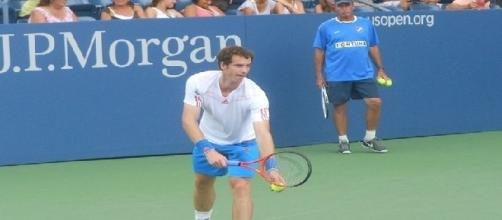 Andy Murray with Ivan Lendl in the background (credit: Alexisrael - wikimedia.org)