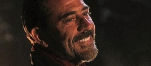 Negan in una scena di The Walking Dead 7