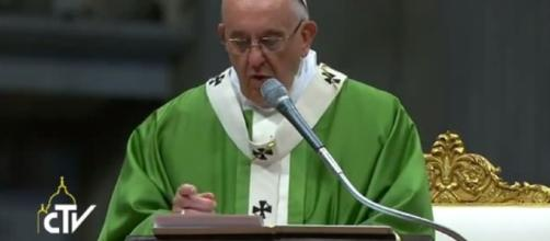 Papa Francesco rinnova l'appello per amnistia e indulto