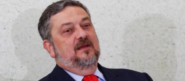 Ex-ministro Antônio Palocci se torna réu na Lava Jato