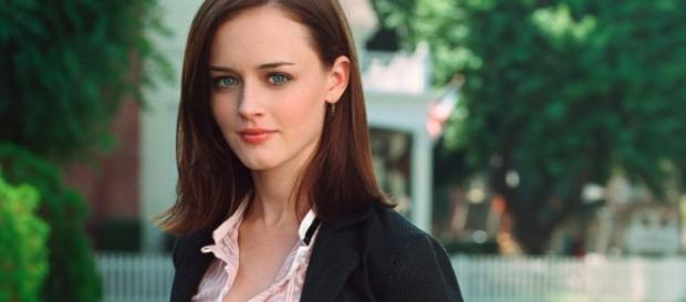 Rory Gilmore. (http://abcnews.go.com/Entertainment/rory-gilmore-meets-michelle-obama-gilmore-girls-teaser/story?id=40127614)