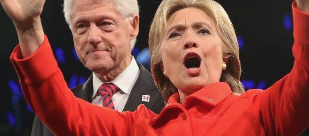 Take my wife, please! She 'deserves' it, says Bill Clinton! Photo: Blasting News Library - nationalreview.com