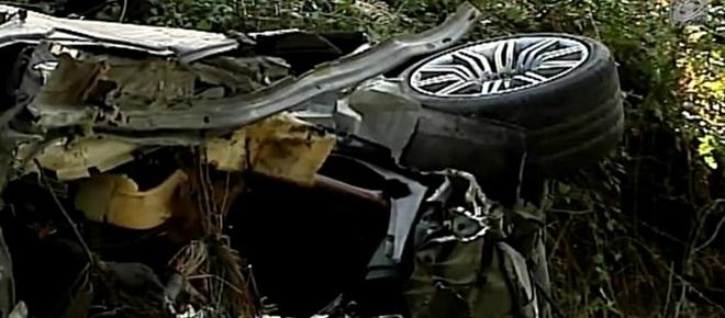 Dois jovens morrem em despiste que deixou carro aos pedaços