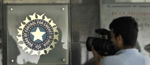 BCCI advertises for post of Indian team's head coach | Cricbuzz.com - cricbuzz.com