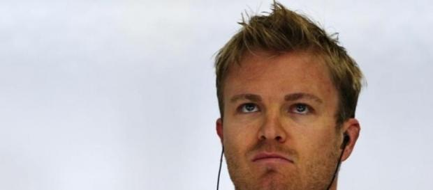 Nico Rosberg storms to pole in Shanghai - Sportstarlive - sportstarlive.com